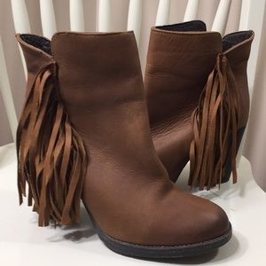 Steve Madden Leather Fringe Ankle Boots Brown 8M